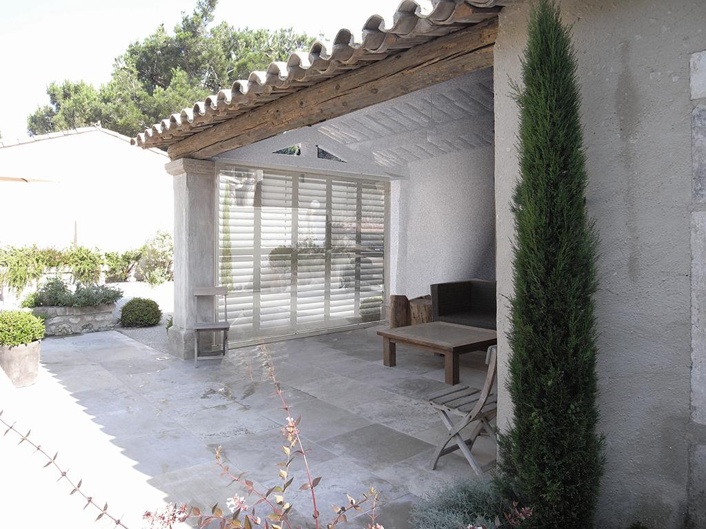 pool house + persiennes