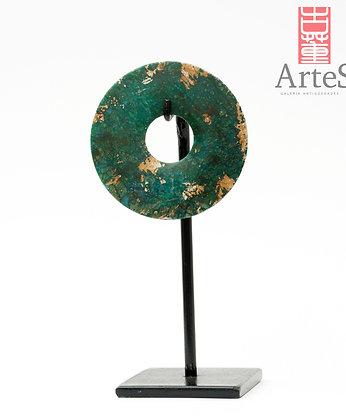 Escultura circular en jade color verde
