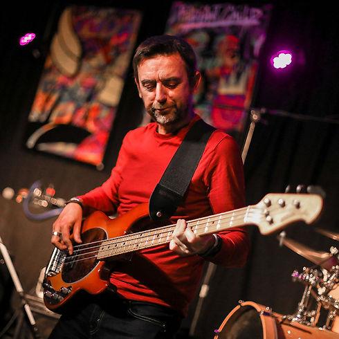 Jeff - Bassiste et compositeur