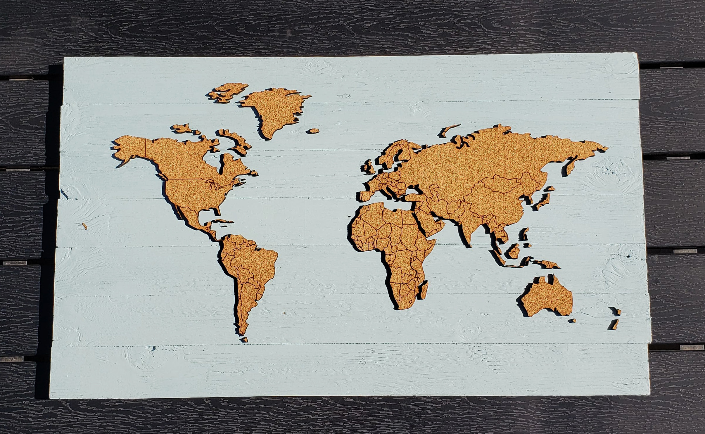 Push Pin Travel Map - Teal - Country Borders