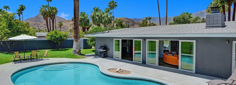 POOL TO HOUSE AND MOUNTAINS.jpg