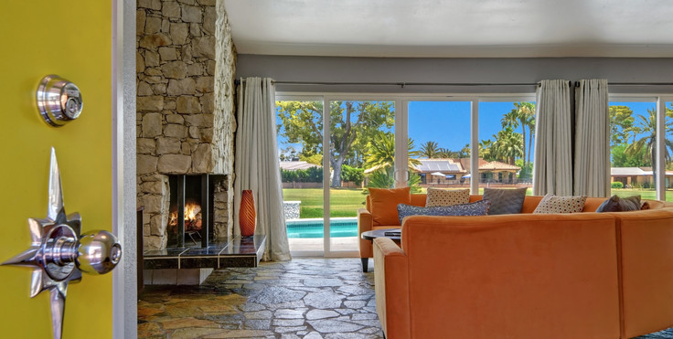 ENTRY WITH TEXTURE AND MID CENTURY FIREP