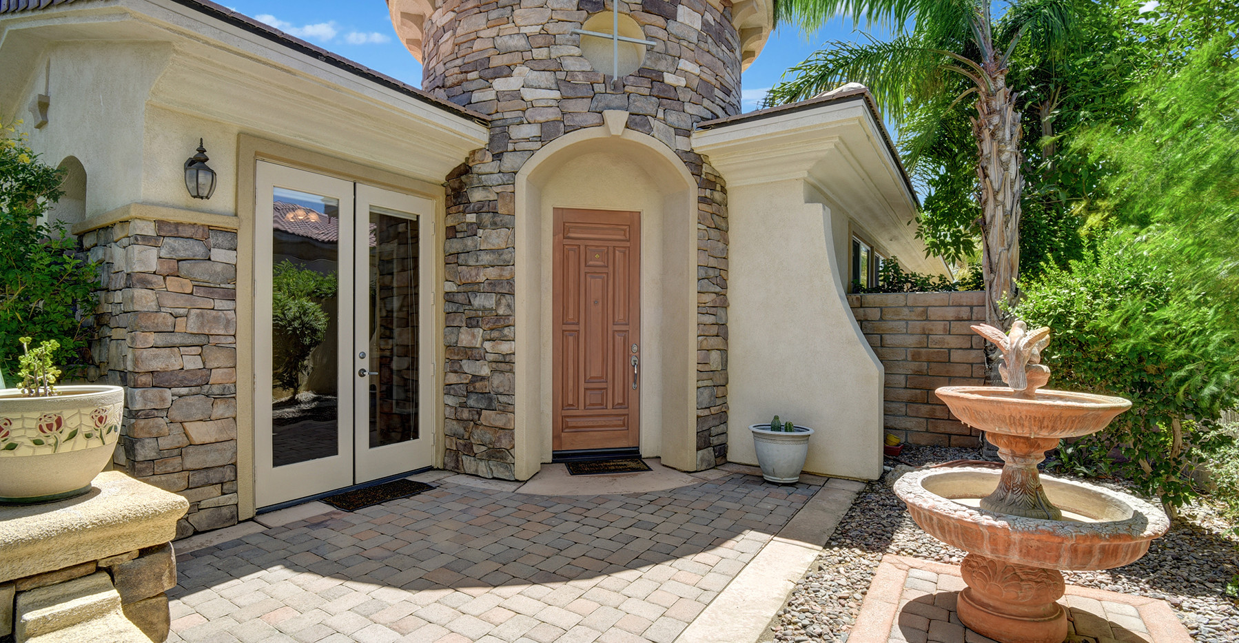 FRONT ENTRY COURTYARD MLS.jpg