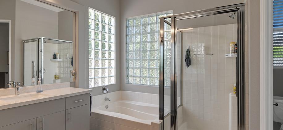 Main-Suite-#1-Bath-(b).jpg