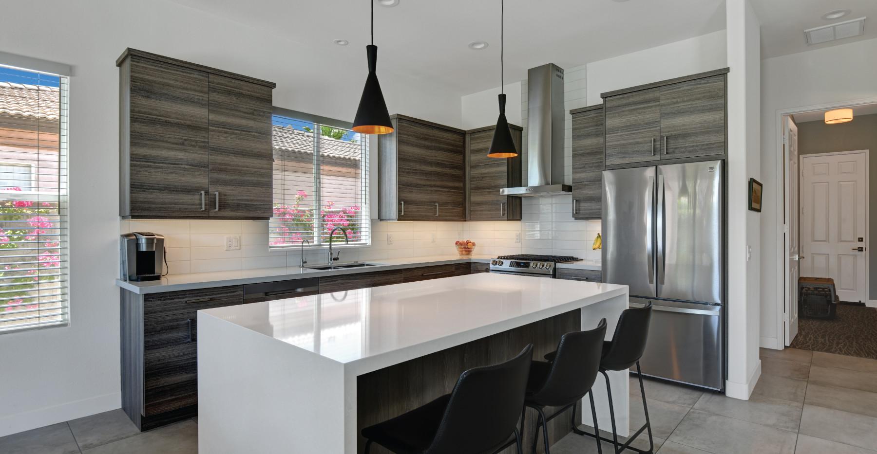 Kitchen-&-Social-Bar-(b).jpg