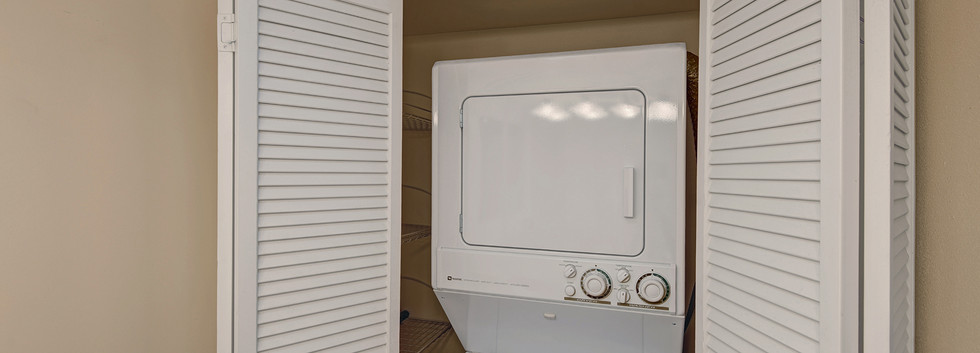 STACKABLE WASHER AND DRYER MLS.jpg