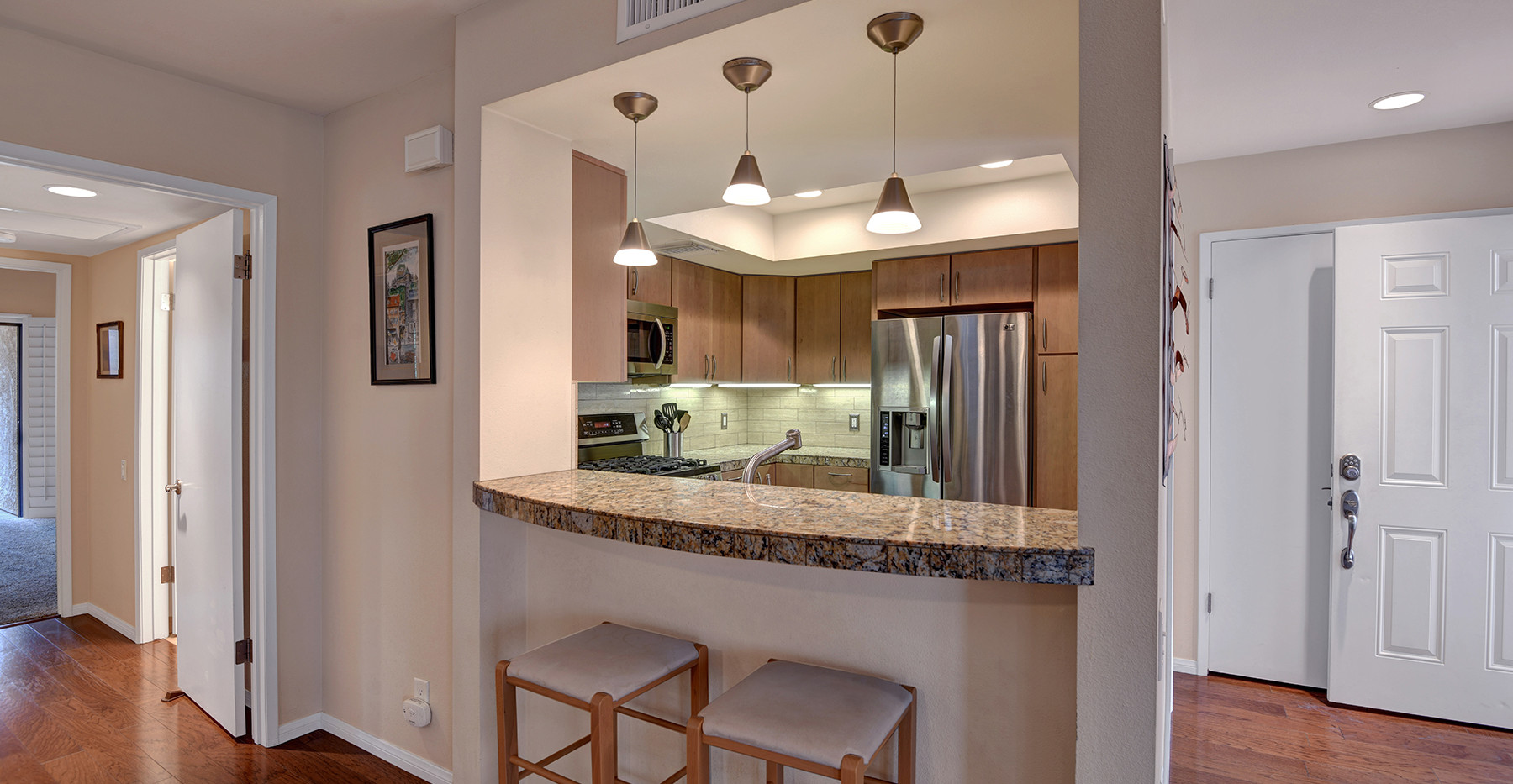 KITCHEN OVER BREAKFAST BAR MLS.jpg