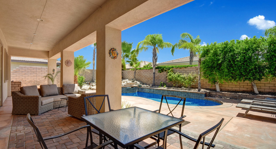 COVERED BACK PATIO TO POOL AND SPA MLS.j