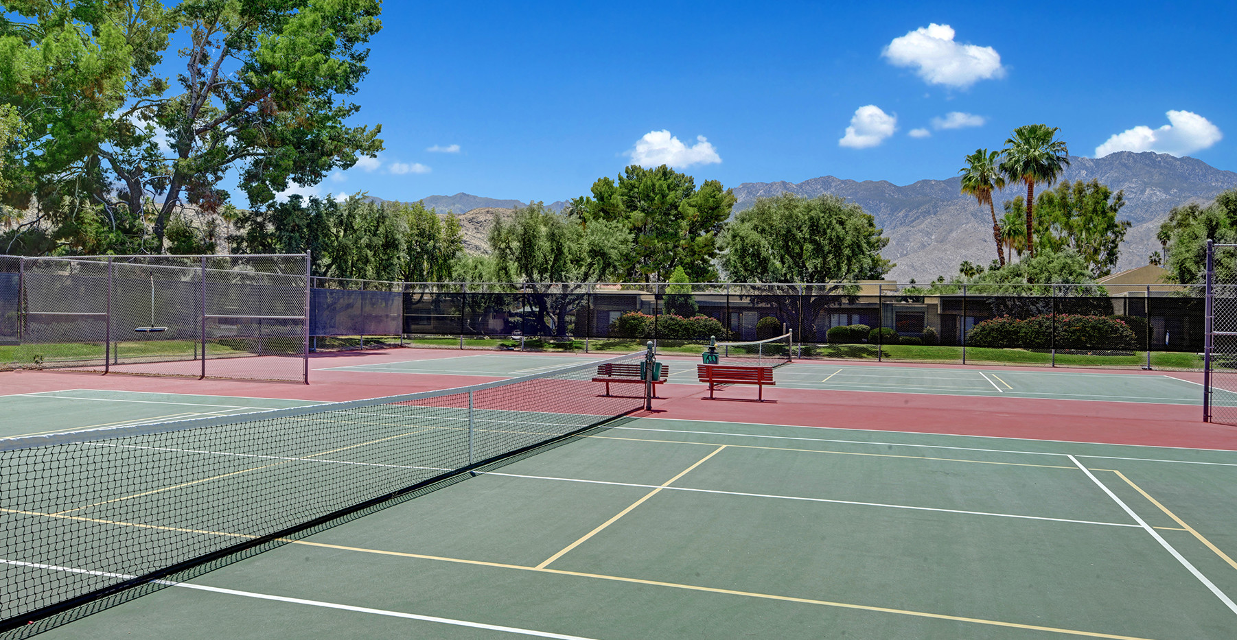 COMMUNITY TENNIS COURTS TO MOUNTAINS MLS