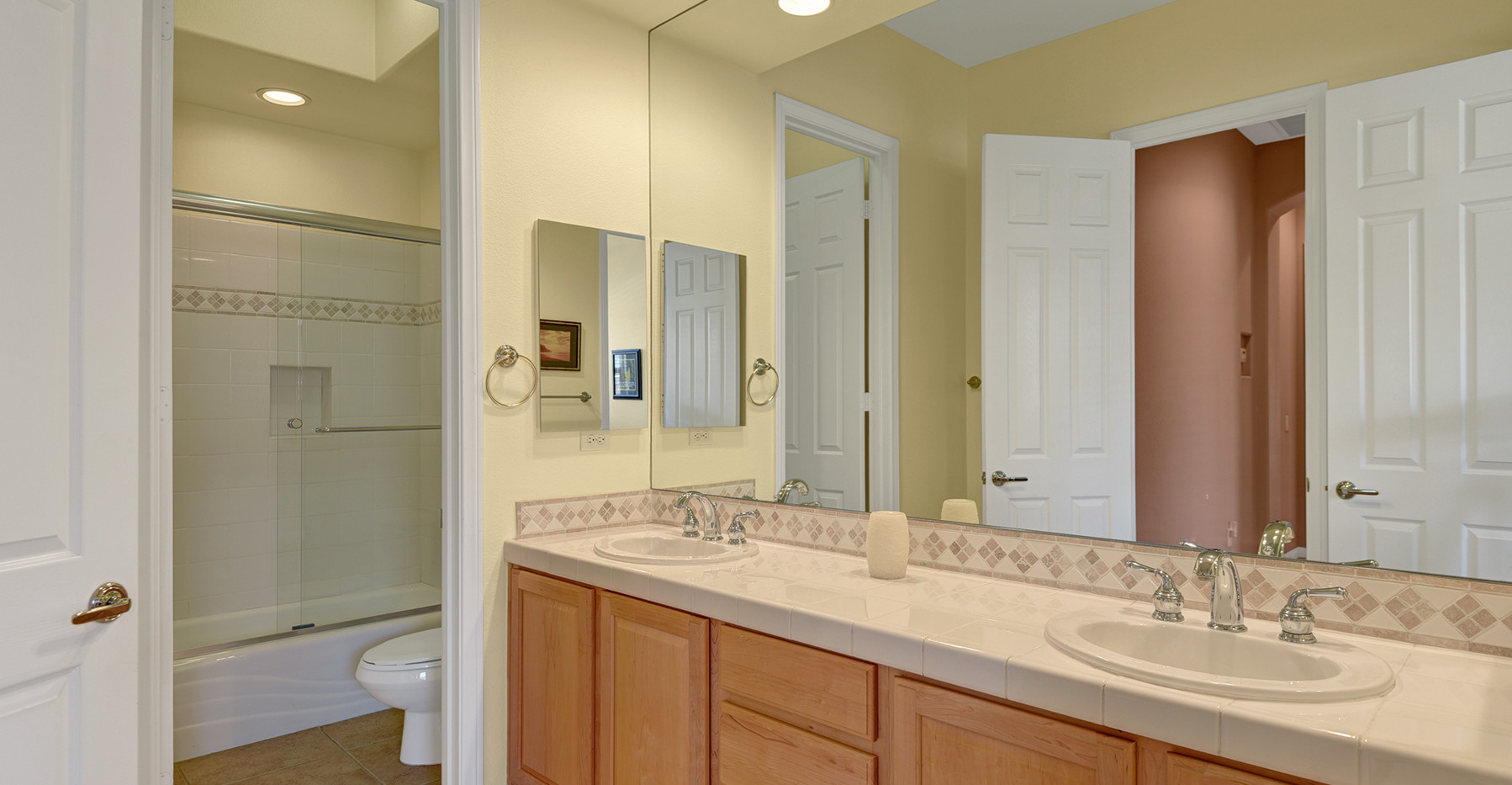 GUEST BEDROOM BATHROOM REVERSE MLS.jpg