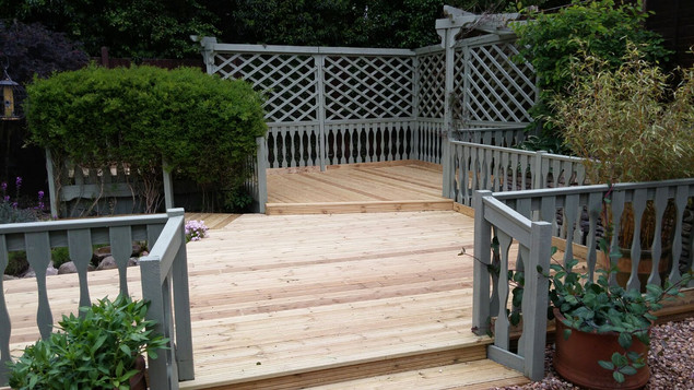 Decking and balaustrades