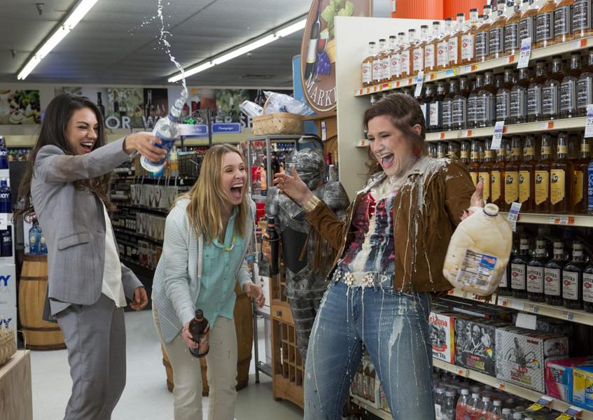 Mila Kunis,  Kristen Bell,  Kathryn Hahn2