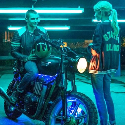 Emma Roberts,  Dave Franco na motorze