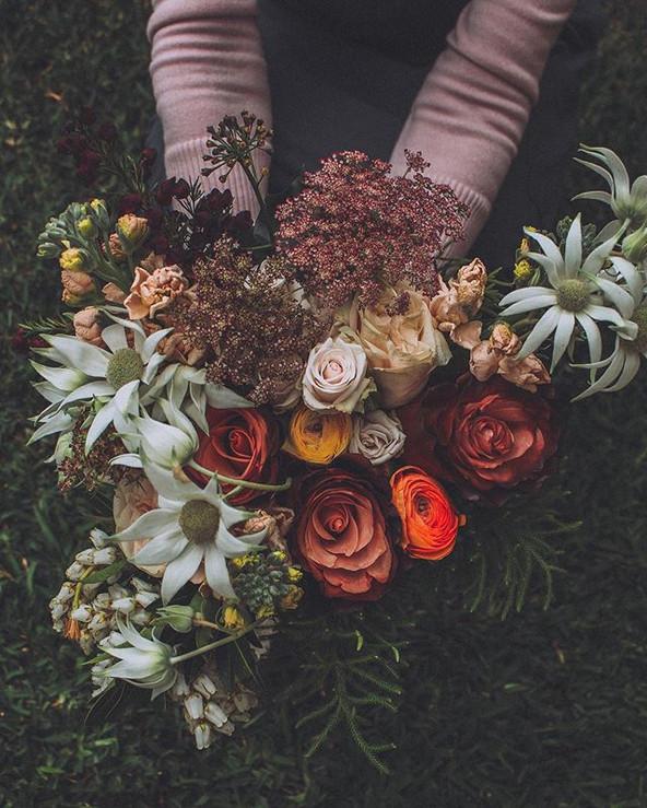 """""""The autumn hour"""" ~ a bridal bouquet 💐"""