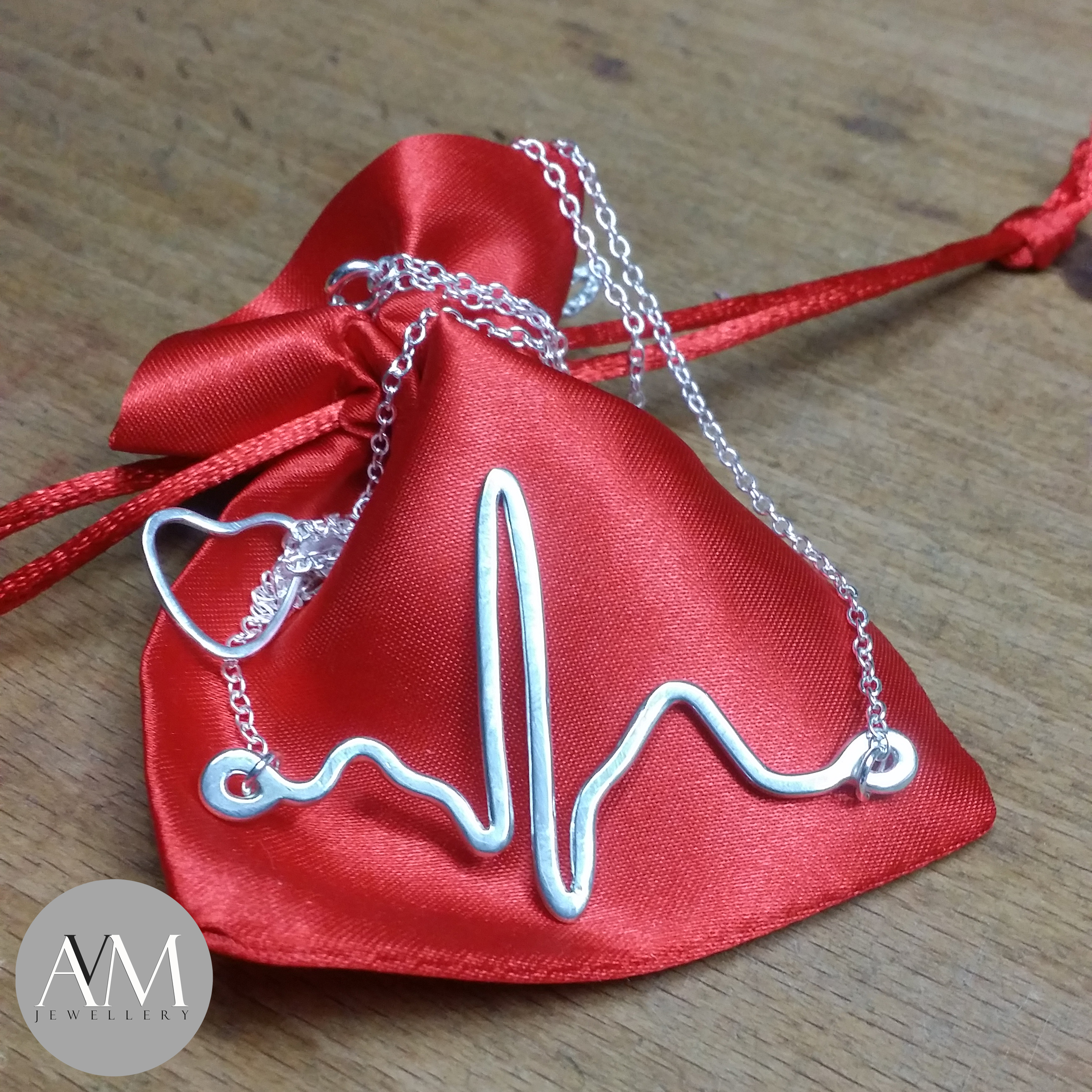 EKG Pendant 2