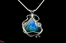 No558+Wirewrapped+Labradorite++Pendant