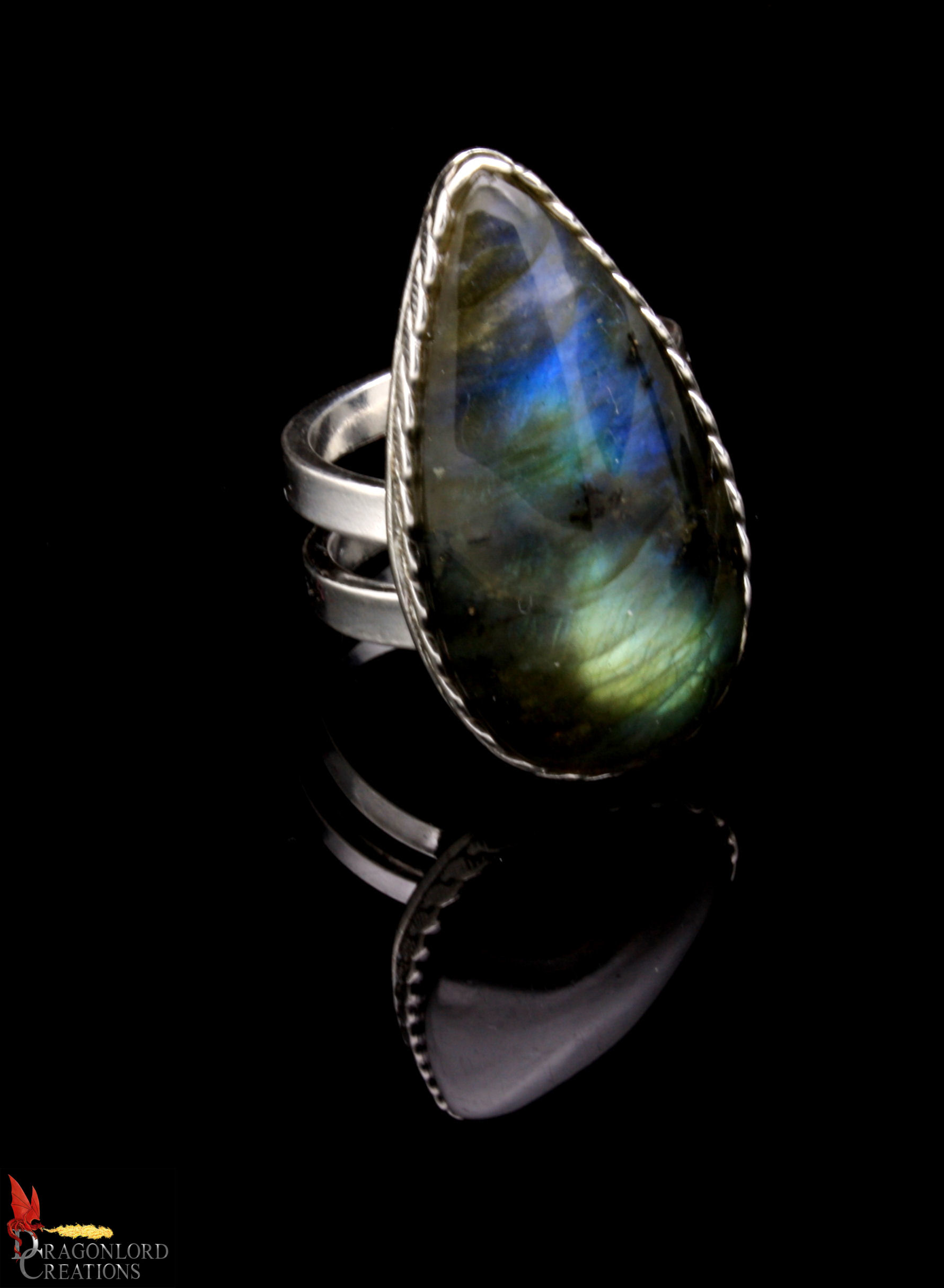 No374c Labradorite Ring