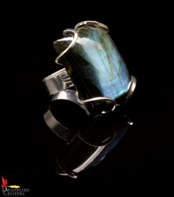 No560b Labradorite Ring