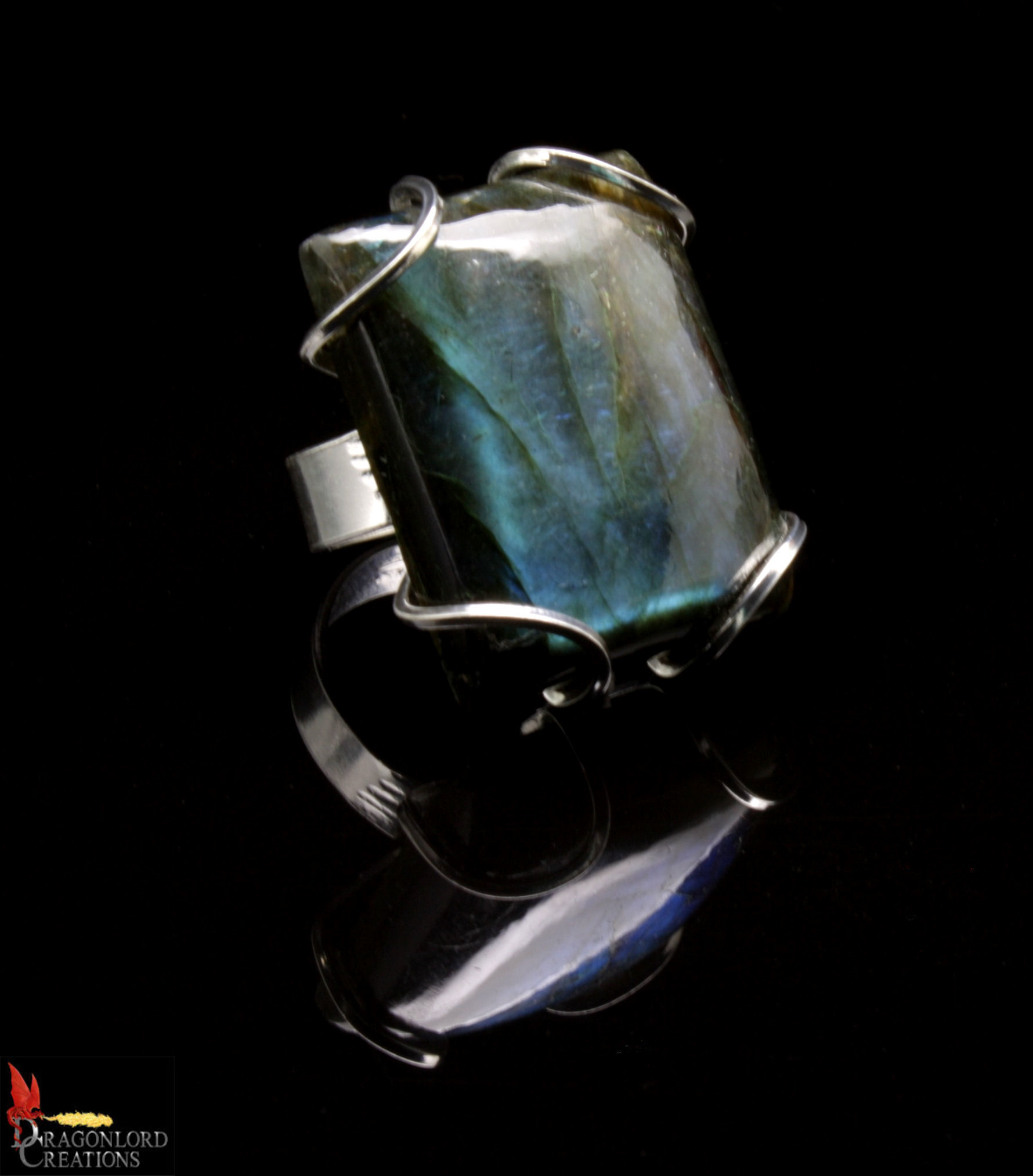 No560c Labradorite Ring