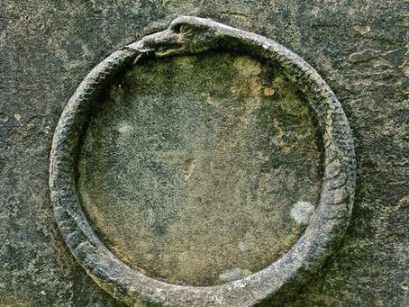 Serpiente significado en el arte y la mitología
