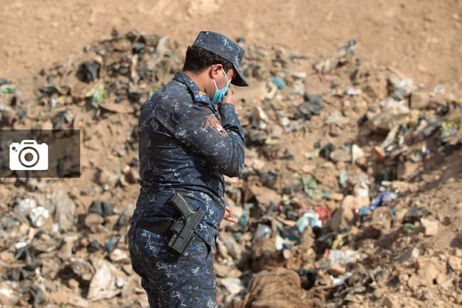 Τουλάχιστον 4.000 πτώματα στρατιωτικών και αμάχων στον μεγαλύτερο ομαδικό τάφο του Ιράκ