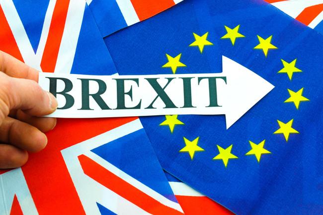 «Το αργότερο μέχρι τις 31 Μαρτίου» πατάει η Βρετανία το κουμπί της εξόδου από την ΕΕ