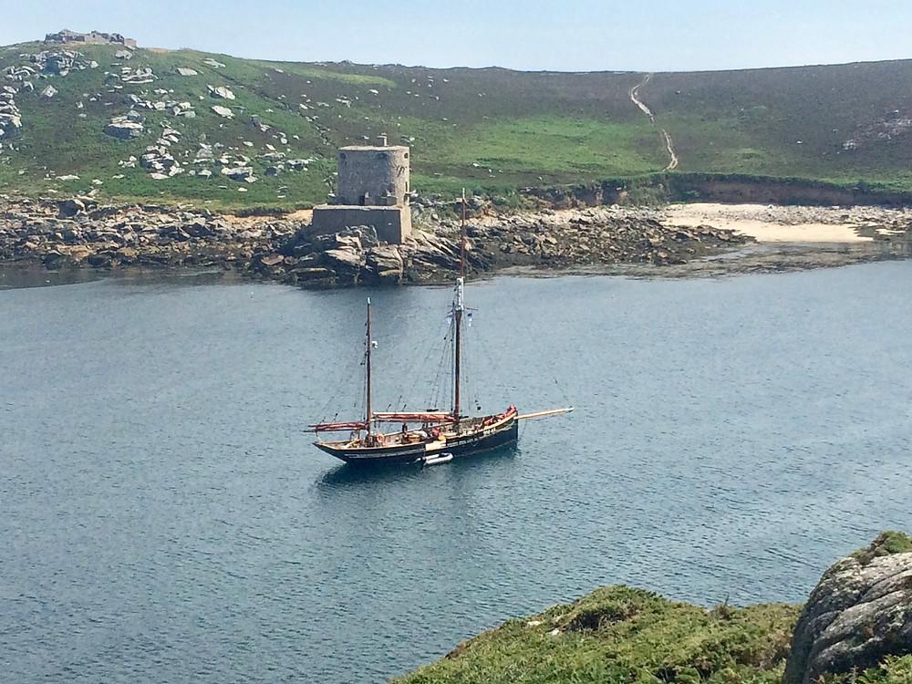 Pilgrim in New Grimsby Sound (IoS)