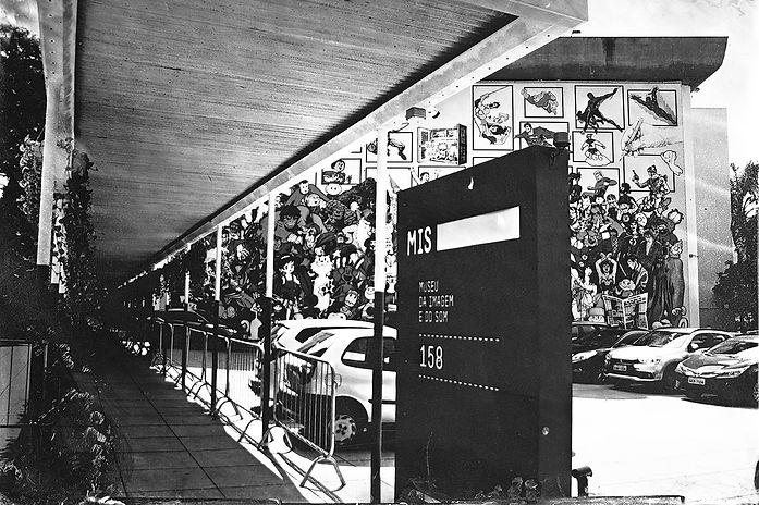 Alex Gimenes e Renan Nakano.   Museu da Imagem e do Som de São Paulo, 2019  Av. Europa, 158 - Jardim Europa.   Negativo de Vidro / Colódio Úmido.