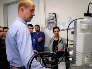 В клинике MAXIMA VET начался семинар «Введение в эндоскопию лошадей».