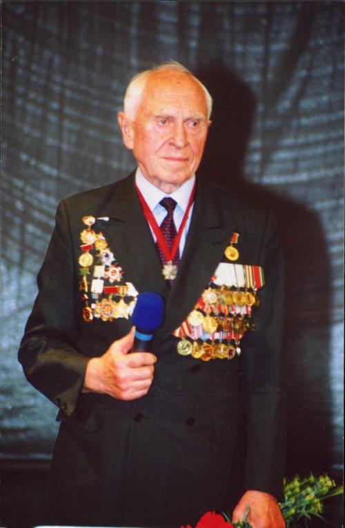 Михаил Михайлович Бобров