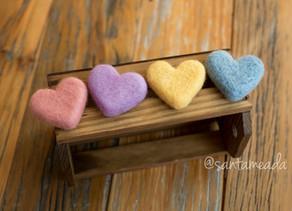 Coração feltrado: aprenda duas formas diferentes de fazer corações - Tutorial com passo a passo