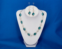 Wire work with blue/green beads