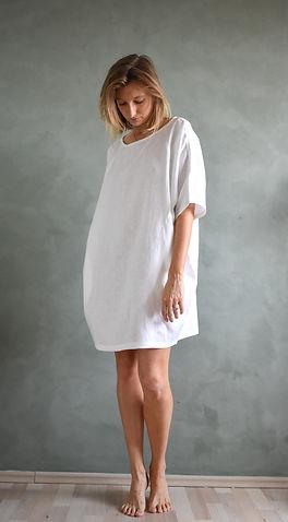 Lněná dámská noční košile.jpg