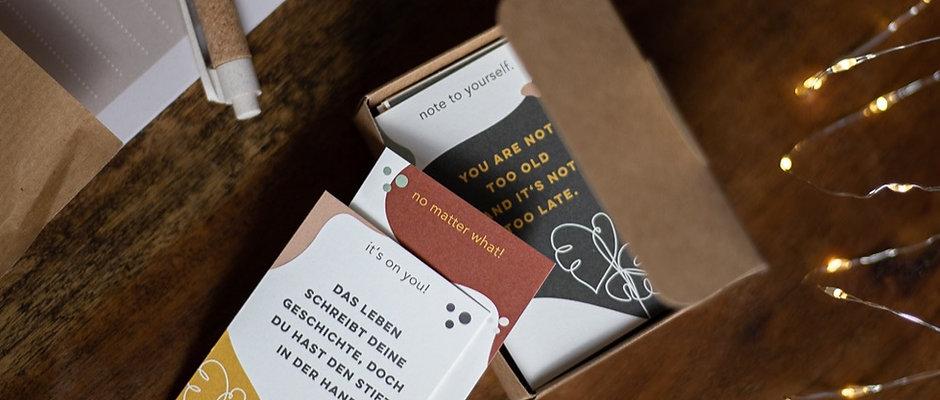 TINY BOX OF SUNSHINE Reminder-Karten