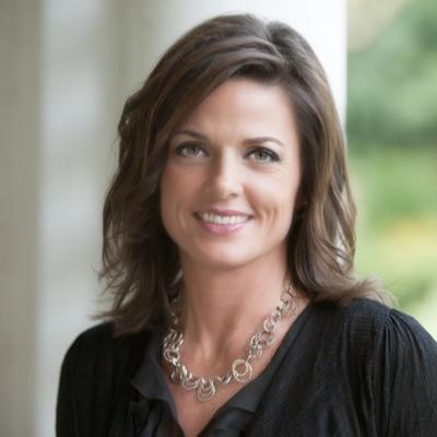 Dr Julie Logan