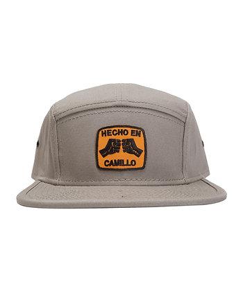 HECHO EN CAMILLO CAMP CAP < KHAKI >
