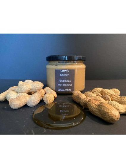 Larry's Kitchen Pindakaas met honing