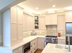 Waterglass corner cabinet