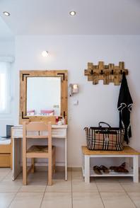 wooden mirror,handmade hanger,travel bag
