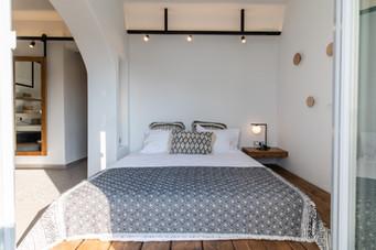 King size bed, junior suite 2, Artemis hotel