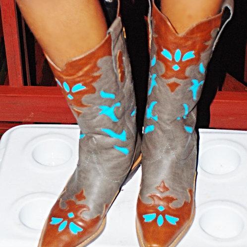 peek-a-blue boots