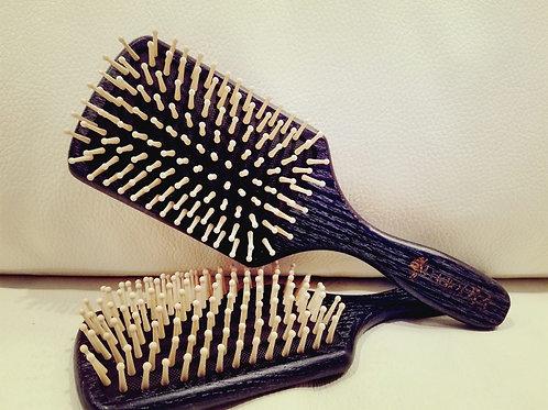 Studio Brush