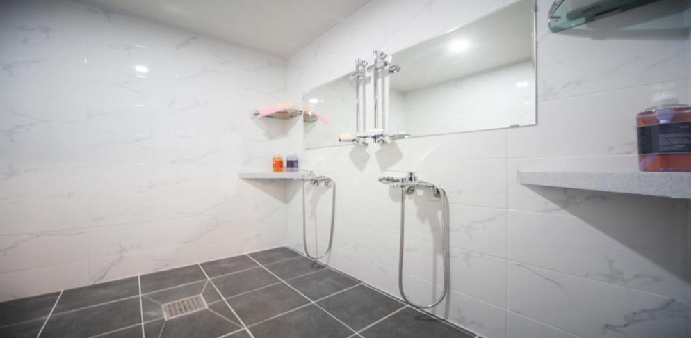 광명 마사지 구인구직 샤워실