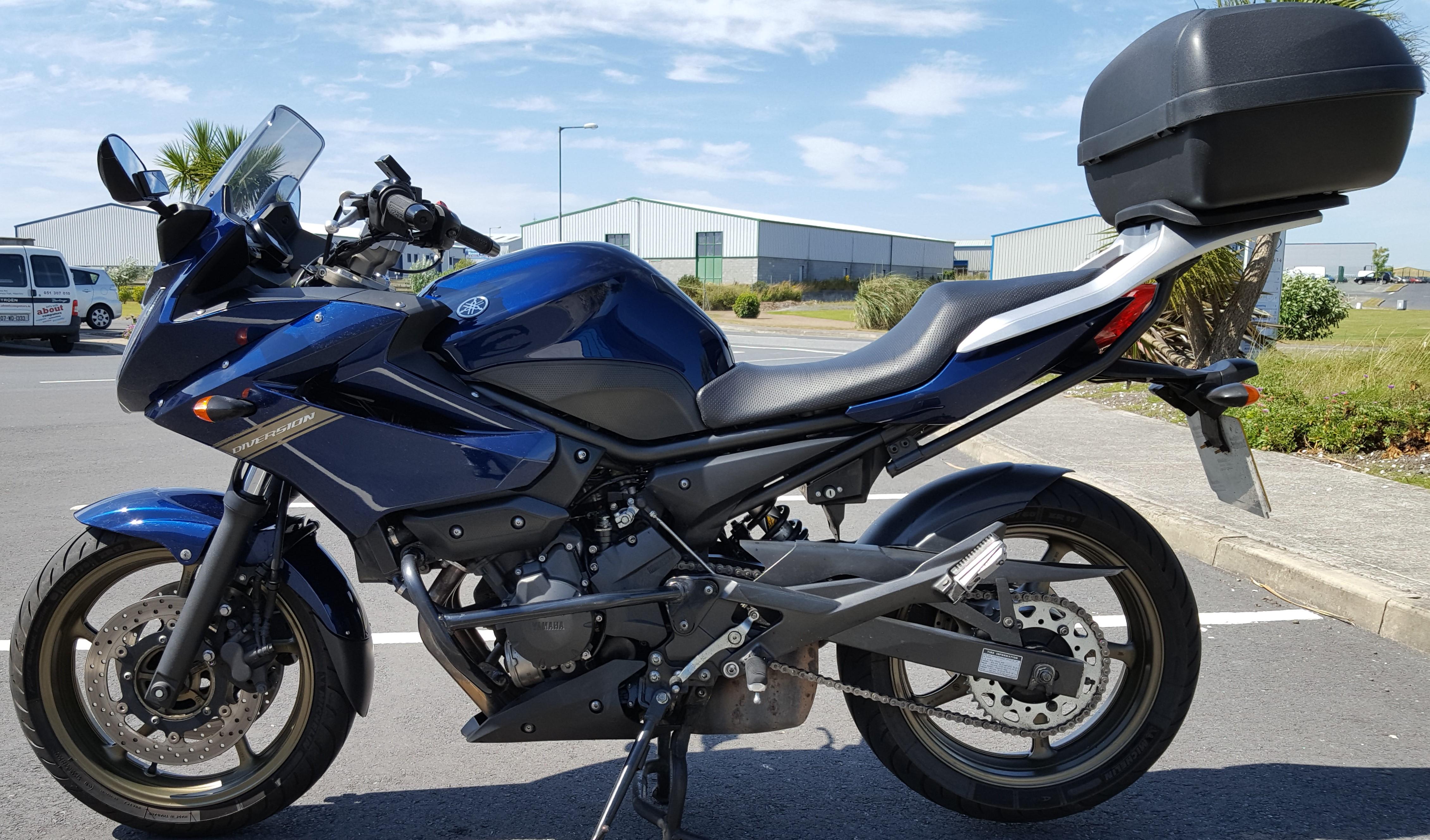 2010 Yamaha XJ6 Diversion