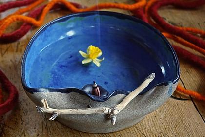 Keramikschale mit Schwemmholz