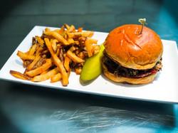Crawford's Cheeseburger