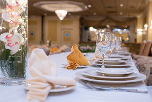 Head Table Plate Setting