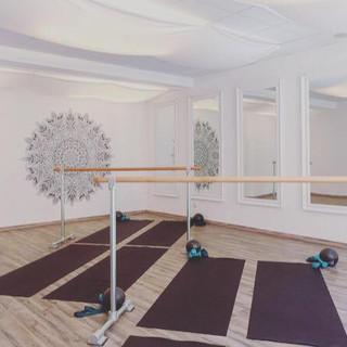 Ballet Barre Innsbruck Yoga Nest.jpg