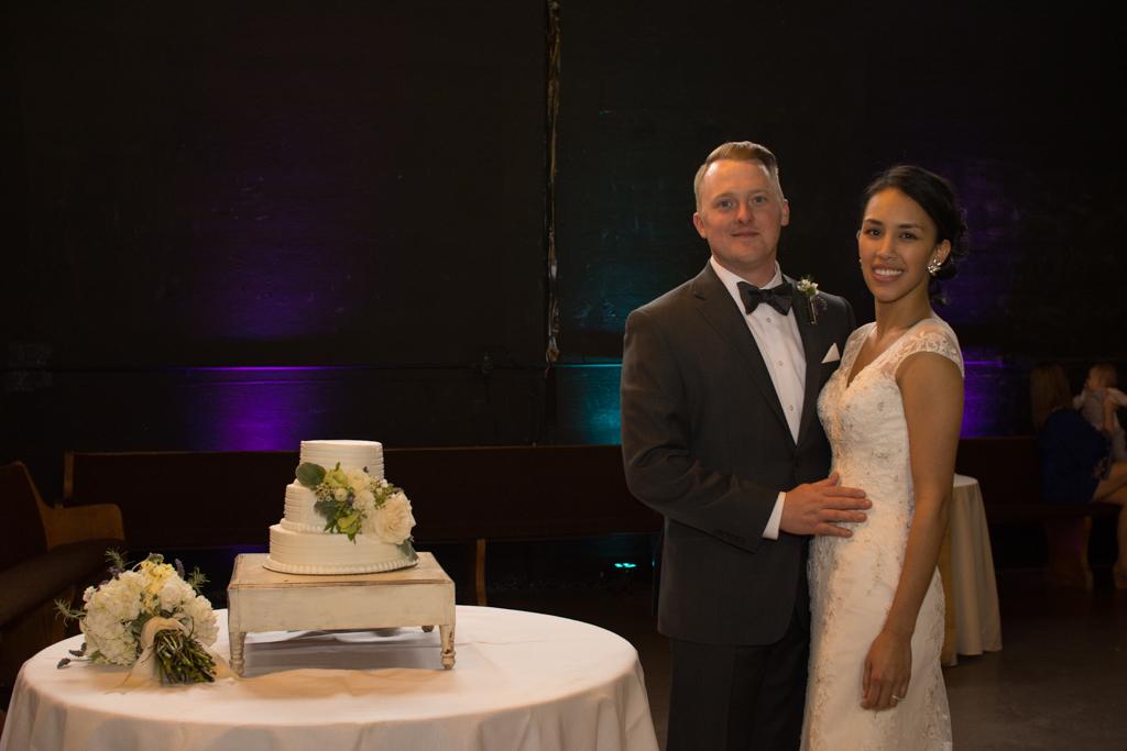 Wedding Couple & Cake