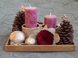Decoração Natal Arranjos com Pinhas